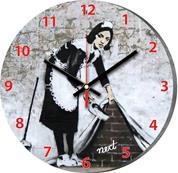 """Νext ρολόι Ø31εκ. """"καθαρίστρια"""""""